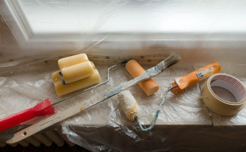 Planując renowacja mieszkania wskazane jest uprzednio przygotowywać się do niego.